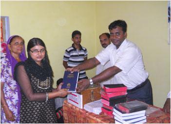 Bible distribution in Jammu