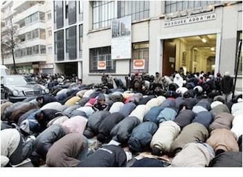 Muslims street prayers